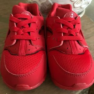 Toddler size 8 Huaraches Red